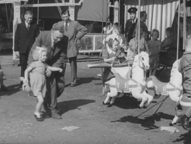 Kermis Heel 1948 draaimolen